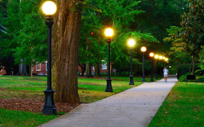 Prkp Masukkan Anggaran Pemasangan Lampu Taman Di Apbd Perubahan